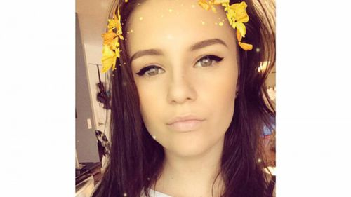 Young straight-A cheerleader killed in freak accident on US beach