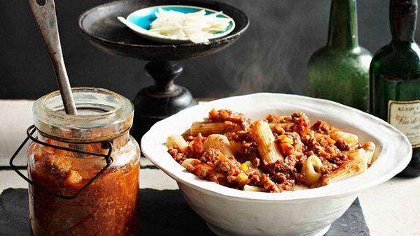 Simple & Quick Bolognese Sauce