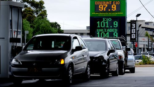 Sydney drivers have enjoyed fuel prices below $1 per litre this month. (AAP)