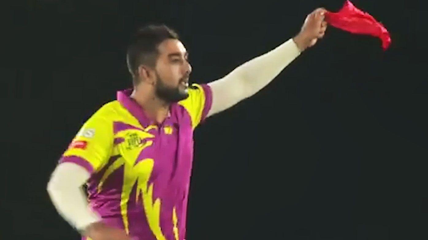 Cricket: Tabraiz Shamsi's hilarious T20 wicket celebration