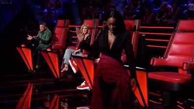 Kelly Rowland walks off-camera on The Voice