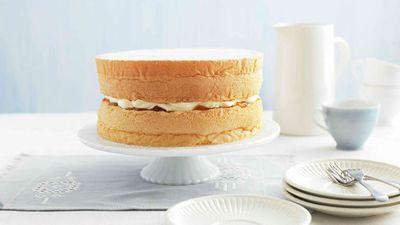 "Recipe:&nbsp;<a href=""http://kitchen.nine.com.au/2016/05/16/12/04/featherlight-sponge-cake"" target=""_top"">Featherlight sponge cake<br /> </a>"