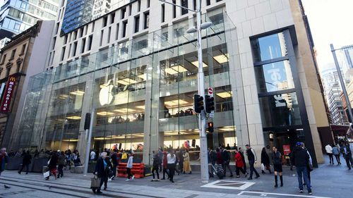 Apple's flagship store in Sydney will remain closed for renovations.