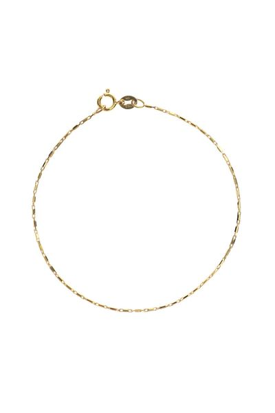 <p>I like my jewellery like I do my men: pretty and not at all thick.</p>