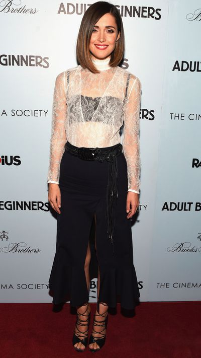 <p>For the New York premiere of <i>Adult Beginners</i>, Byrne opted for a lace look from the Altuzarra Fall 2015 collection. She finished the ensemble with strappy Malone Souliers heels.&nbsp;</p>