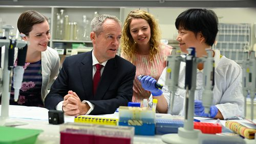 Bill Shorten speaks to Dr Jing Jing at the Protemics Laboratory at Flinders University College of Medicine in Adelaide