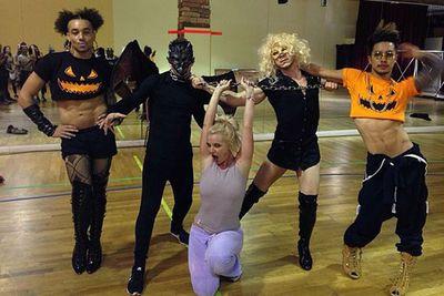 @britneyspears: Halloween, bitches!
