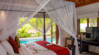 Kuredu Maldives villa bedroom