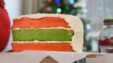 Jane de Graaff's alternating layers for the lolly-filled layer cake