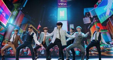 BTS performs Dynamite on MTV Video Music Awards 2020.