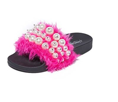 "<a href=""https://www.shopbop.com/pearl-sandals-jeffrey-campbell/vp/v=1/1517512258.htm?folderID=13499&amp;fm=other-shopbysize-viewall&amp;os=false&amp;colorId=61637"" target=""_blank"">Jeffrey Campbell Pearl Sandals in Fuschia, $137.80</a><br /> <br />"
