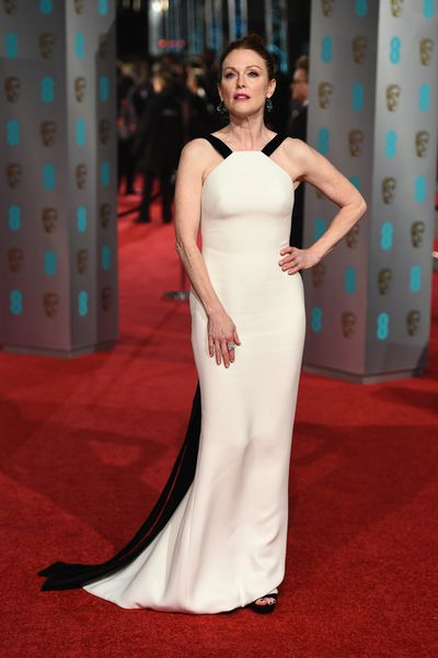 Julianne Moore in Armani Prive