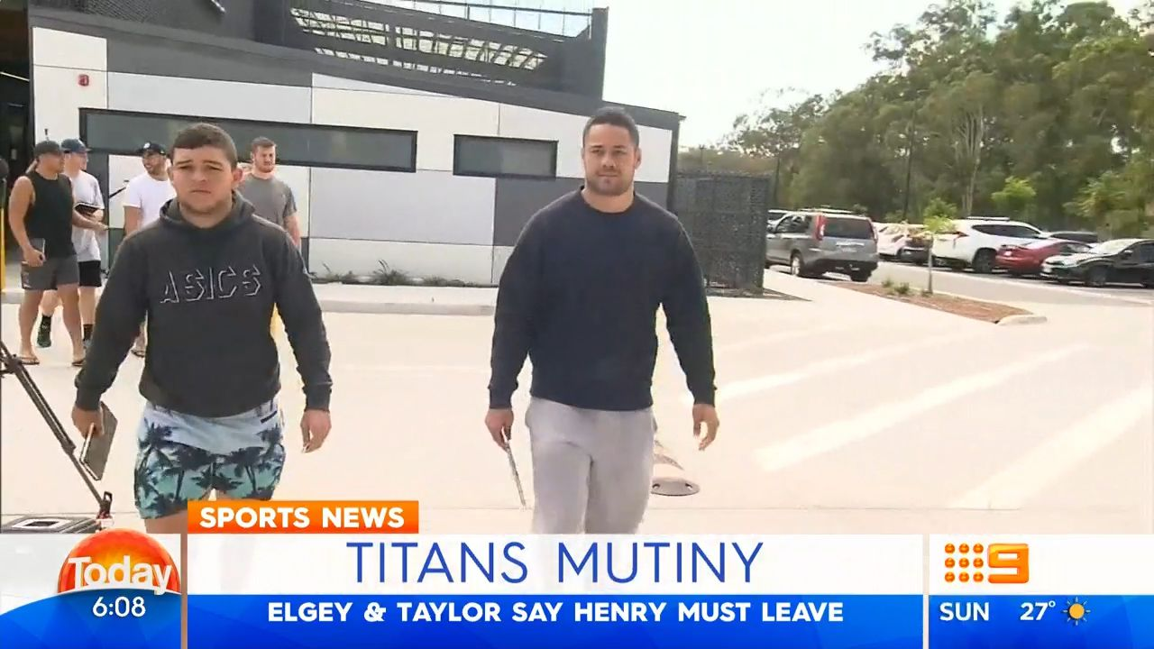 Titans halves want Henry out too