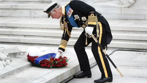 Prince Charles lays a wreath at a ceremony in Glasgow commemorating 100 years since the outbreak of WWI. (Getty)