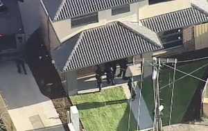 No sign of gunman who confronted tradies in Melbourne lockdown suburb of Broadmeadows