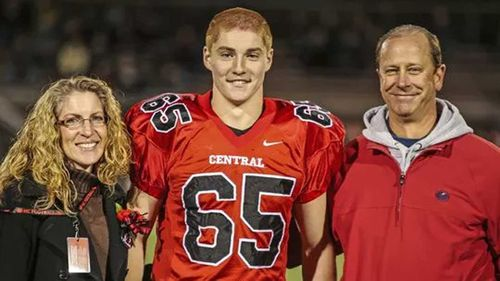 Tim Piazza with his parents.