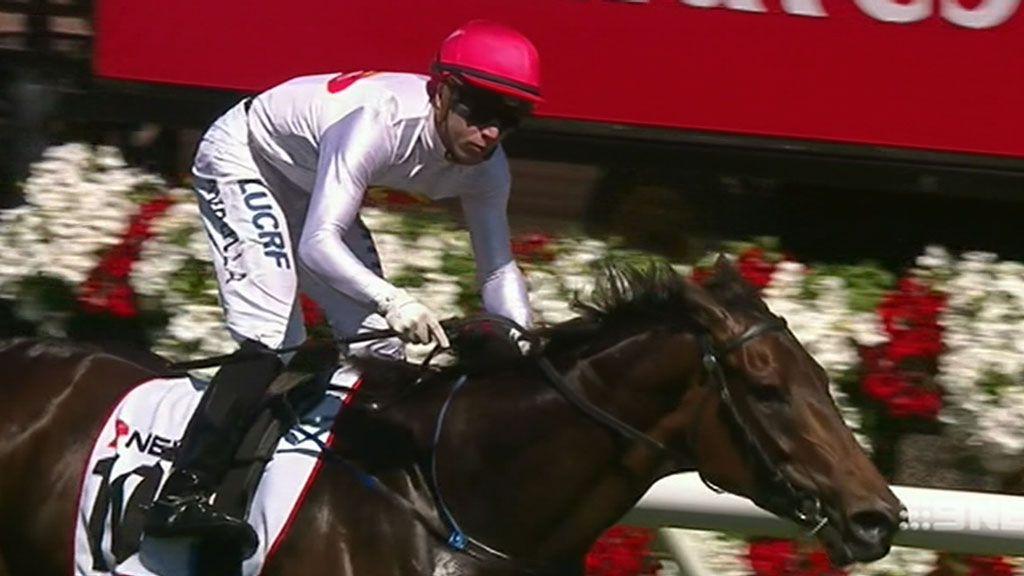 Tosen Stardom wins Emirates Stakes