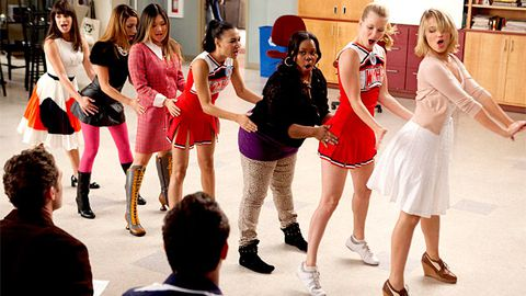 Watch: Glee covers 'I Kissed a Girl'
