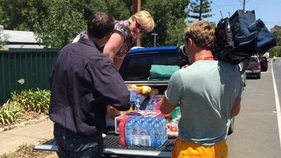 The disaster has shown the spirit of giving in the Adelaide Hills community. (Twitter)