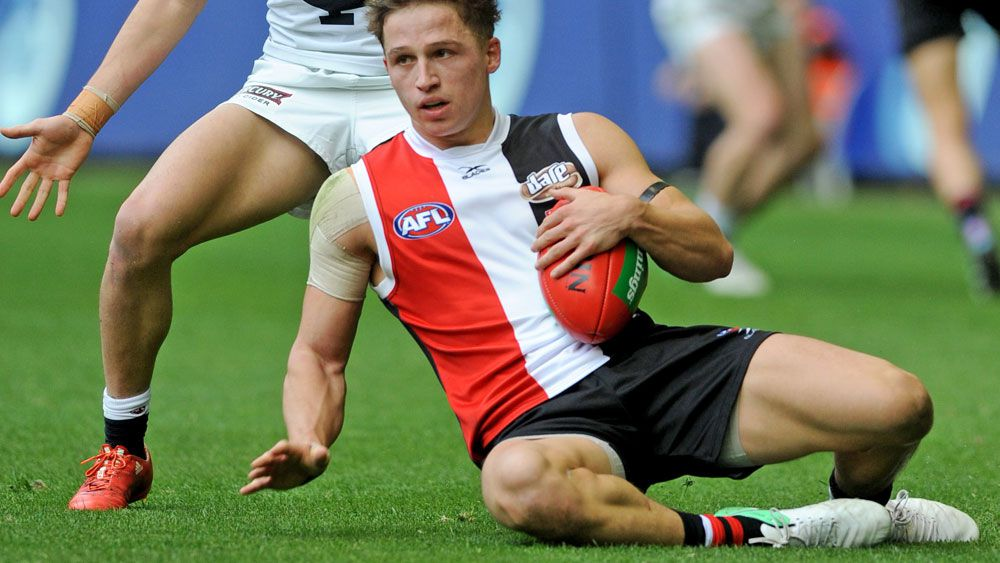 AFL 2017: St Kilda Saints pip Carlton Blues in tight affair