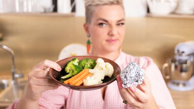 Jane de Graaff shows you the veg steaming trick when you don't have a steamer
