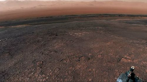 The Mars Curiosity Rover has recovered new panorama pictures on Vera Rubin Ridge.