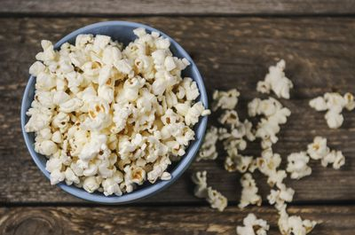 <strong>Unsalted popcorn</strong>