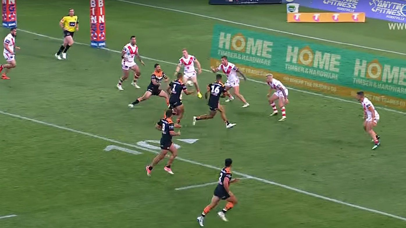 NRL: Phil Gould calls on NRL to 'start dropping linesmen' who miss forward passes