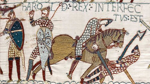 The Bayeux Tapestry depicted the Battle of Hastings, including the death of King Harold.