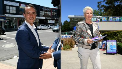 Dave Sharma and Kerryn Phelps take to streets to garner support