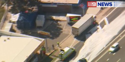 The spill of body wash closed several lanes on Pennant Hills Road. (9NEWS)