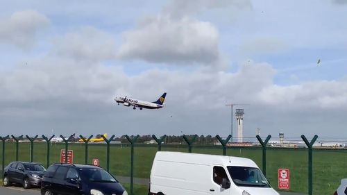 The pilot fails to get the plane on to the runway.