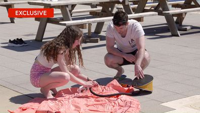 Exclusive: Patrick and Belinda struggle to inflate a flamingo pool toy