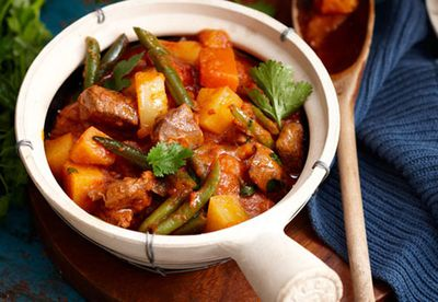 Vegetable and lamb curry