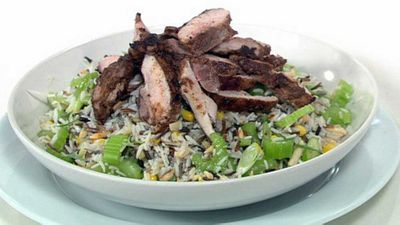 Wild rice salad with spiced chicken
