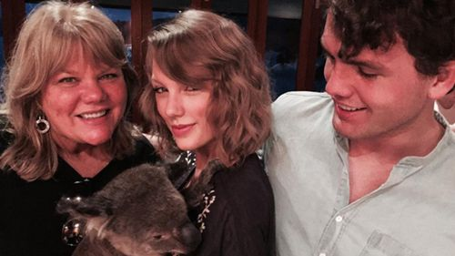 Taylor Swift and her family met a koala in Queensland. (Instagram / @taylorswift)