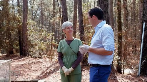 Dr Joan Bytheway speaks with 9NEWS reporter Peter Stefanovic. (60 Minutes)