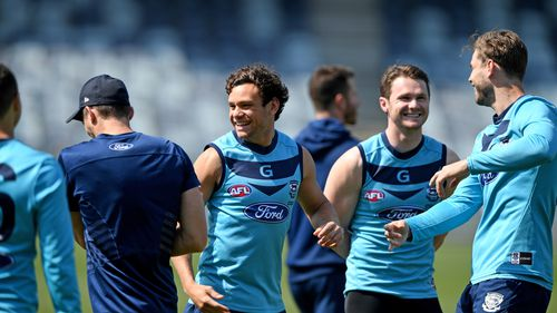 Geelong Cats are seen during the team's training session in Geelong, in the lead up to the First preliminary final against the Adelaide Crows. (AAP)