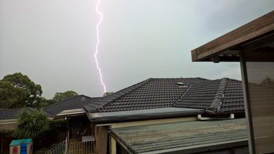 Lightning in Campbelltown, in Sydney's south-west. (Facebook/Ari Zaharopoulos)