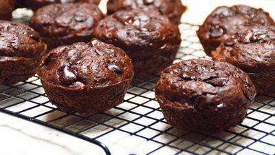 """<a href=""""http://kitchen.nine.com.au/2016/05/20/10/14/choczucchini-muffins"""" target=""""_top"""">Choc-zucchini muffins</a> recipe"""