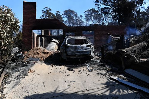 Some of the more than 70 houses and businesses destroyed by a bushfire in the coastal town of Tathra. (AAP)