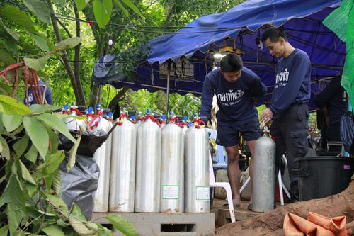 A tray of fresh oxygen tanks was delivered to the entrance to the cave this afternoon. (Getty Images)