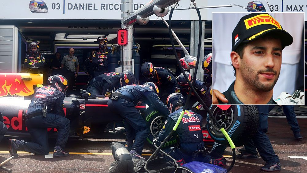 Red Bull apologise to a livid Ricciardo