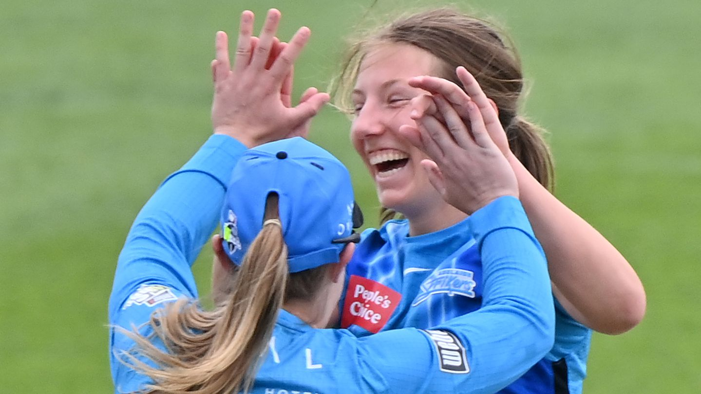 Teen star stuns with WBBL hat-trick