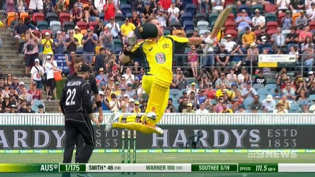 Warner sparks big-hitting Australians