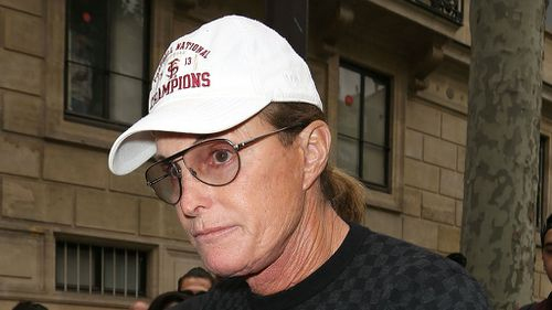 Bruce Jenner may have been texting before fatal car crash