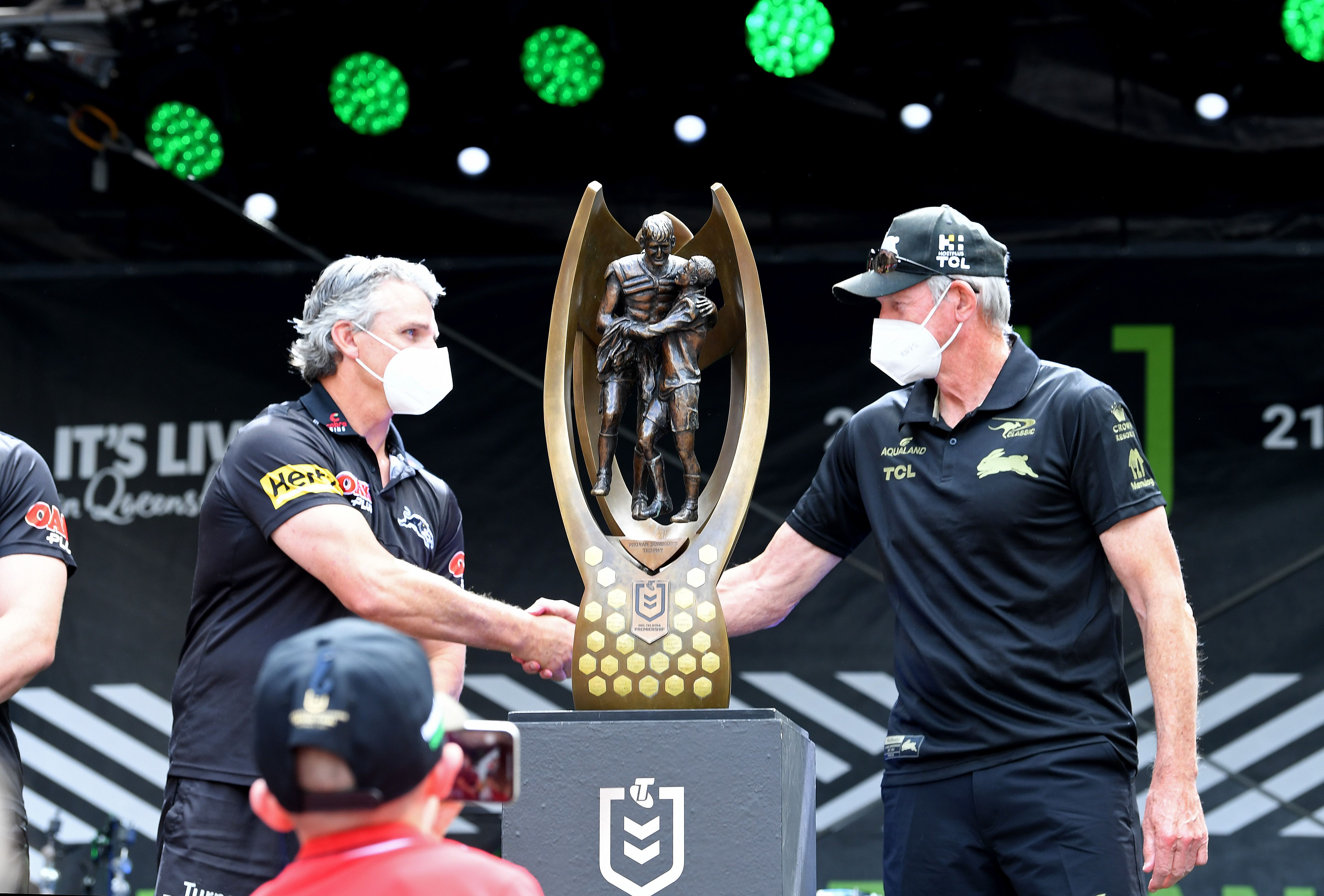 Peter V'landys says the NRL is 'full steam ahead' for Suncorp Stadium grand final