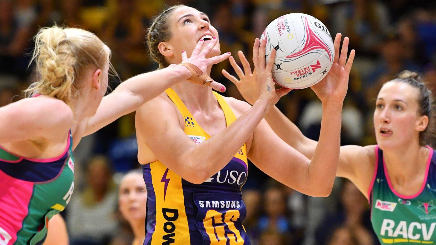Sunshine Coast Lightning beat Melbourne Vixens in Super Netball