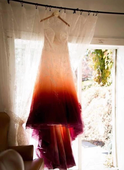 'Tampon' wedding dress divides the internet