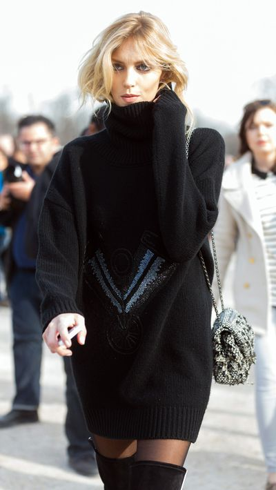 <p>The oversized sweater</p>